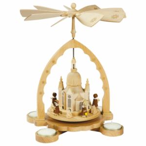 Weihnachtspyramide Frauenkirche mit Kurrende